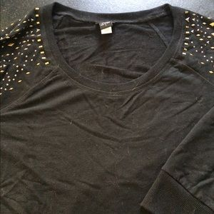 Black Sweatshirt with detailing