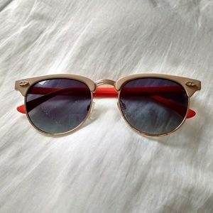 Urban outfitters sun glasses