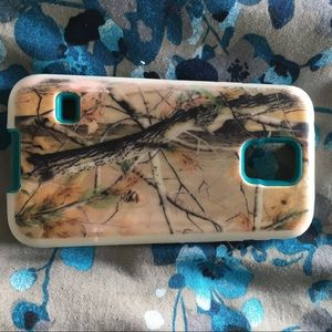 Accessories - Like new Samsung Galaxy S5 camo/white/teal case