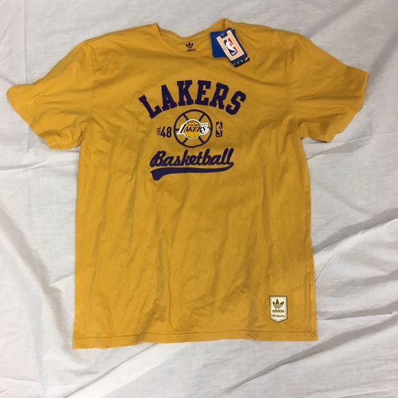 486b8b208 Los Angeles Lakers adidas Originals T-Shirt