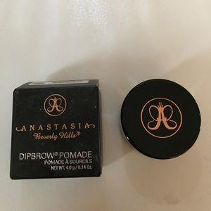 ABH Dipbrow Pomade (Dark Brown)