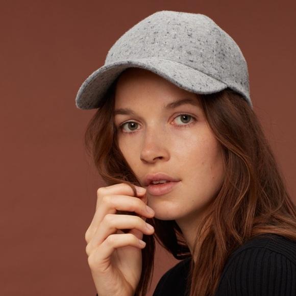 01f80935f0e61 Aritzia Wilfred Free Decker Hat NWOT