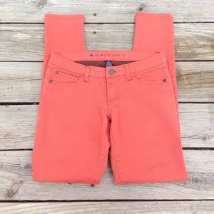 Salmon colored jeggings