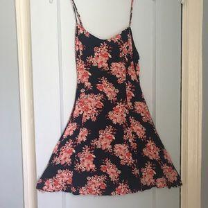 HP🎉Navy floral dress