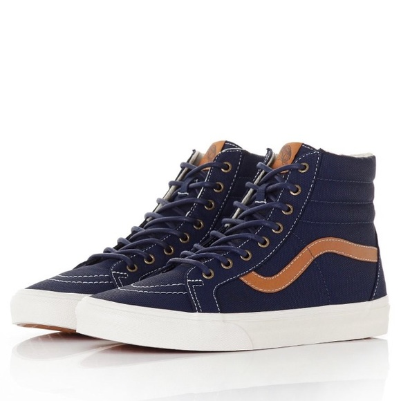 e973e3a2af6681 VANS Coated Canvas Sk8-Hi Reissue Mens Shoes. M 59e13c8836d594f19c00c529