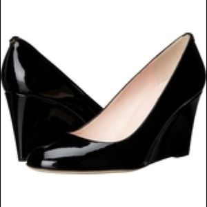 Kate Spade Amory Sz 9 Black Patent Leather Wedges