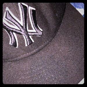 EUC NEW ERA® NEW YORK YANKEES SNAP BACK 9FIFTY HAT