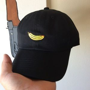 60e8071a0cc1c Accessories - Banana Dad Hat NWT