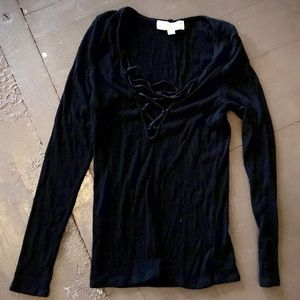 Urban outfitters long sleeved blk tee