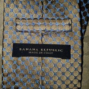 Banana Republic Silk Blue and Gold Tie