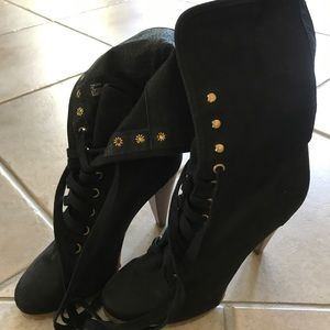 Steve Madden Lace-up Boots