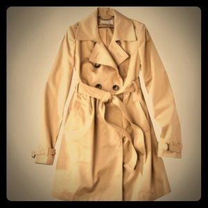 Liz Lange Maternity Trench Coat