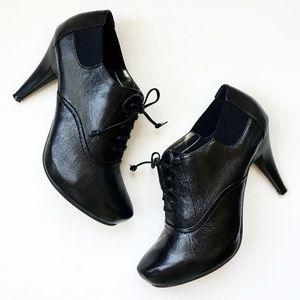 Me Too, Black Leather Oxford Style Platform Heels