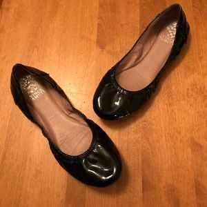 💕Vince Camino Black Patent Leather Ellen Flats -8