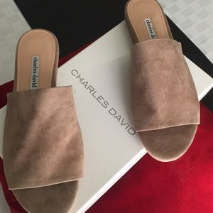*NEW* Ladies' Charles David Tan Sliders
