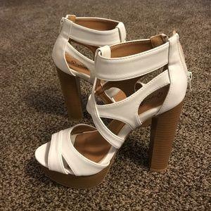 NWT Qupid white high heel sandal