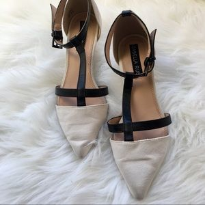 Izabella Rue Sonny Kitten heels size 5.5