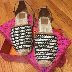Tori Burch Mosaic straw flat espadrille sandal