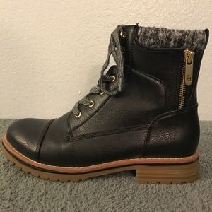9eb13ba7e393f Tommy Hilfiger Shoes - Tommy Hilfiger Omar2 Knit Top Black Combat Boots