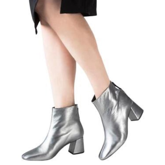 6a3674a48 Topshop Shoes | Silver Metallic Leather Heel Ankle Boots | Poshmark