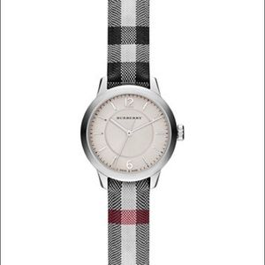 New authentic Burberry watch