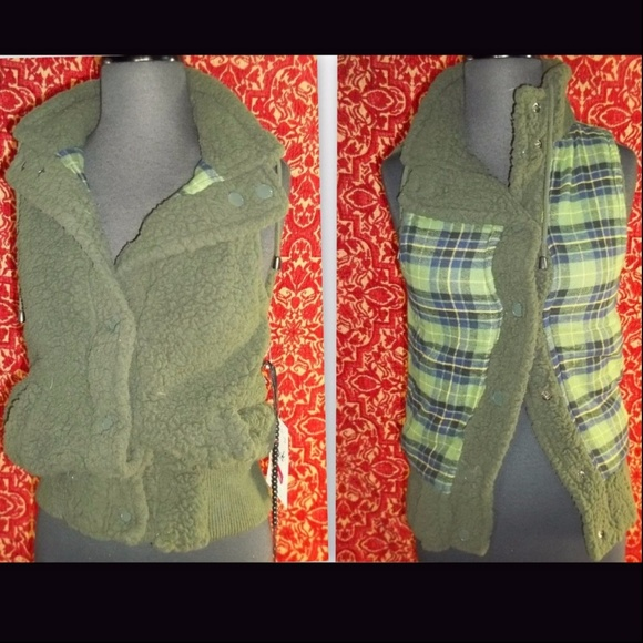 JACK BB DAKOTA Jackets & Blazers - NEW JACK BB DAKOTA green reversible vest S