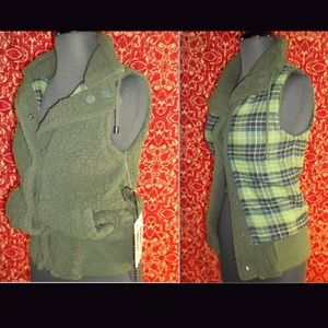 JACK BB DAKOTA Jackets & Coats - NEW JACK BB DAKOTA green reversible vest S