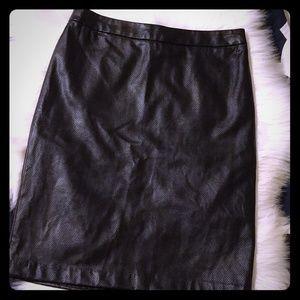 Roz&Ali black faux leather pencil skirt, size 6