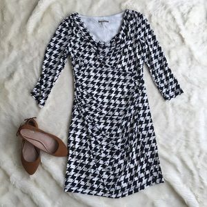 {Muse Boston Proper} Houndstooth Fitted Dress 8