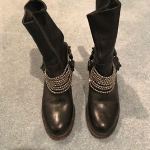 Vera Wang Natasha Boot