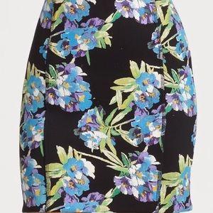 ELIZABETH & JAMES Scuba Black Floral Print Skirt