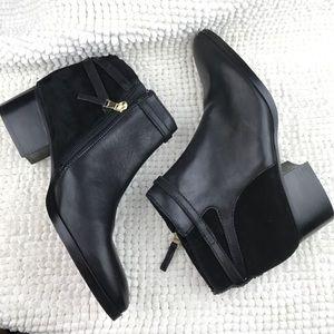 NWOB Ralph Lauren Damara black leather booties 10M