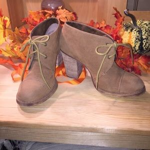 Shoes ankle boots Chinese Laundry