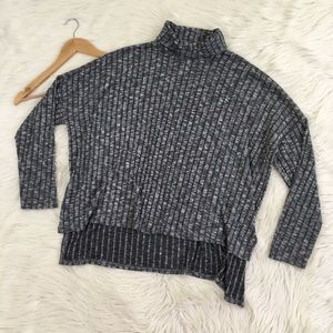 American Eagle Oversized Grey Turtleneck Sweater