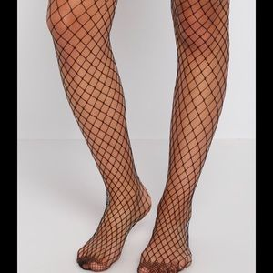 Accessories - 🆕😍 Sexy Kylie style high waist fishnet tights