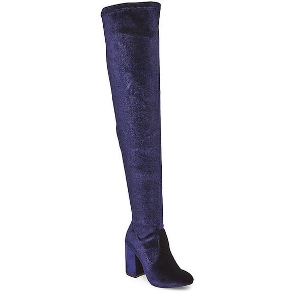 e86c1af0762 Steve Madden Dark Blue Velvet Thigh-High Boots. M 59e1c32356b2d61c0f004a9e