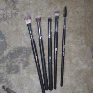 AOA Studio Precision Makeup Brushes