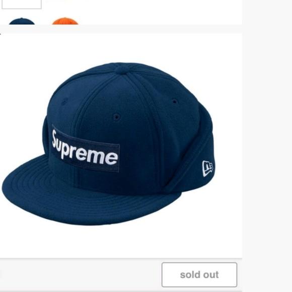 0521b1db647 Fold down flaps NWT Authentic Supreme Polartec hat