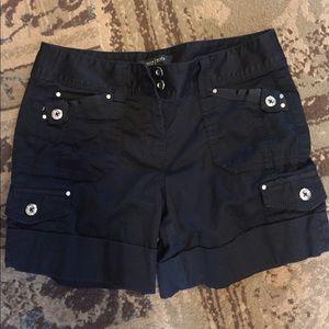 Women's size 0 shorts black white house black mark