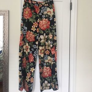 High-waisted floral trouser