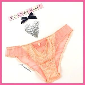 •Victoria's Secret• Cheekini Lace Panty