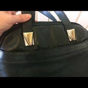Green Toni purse w/gold accents vintage look 👜