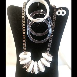Jewelry - Silver, Lucite and White Bangle Necklace Set