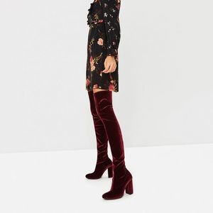 🍓Brand new Zara velvet over the knee boots NWT