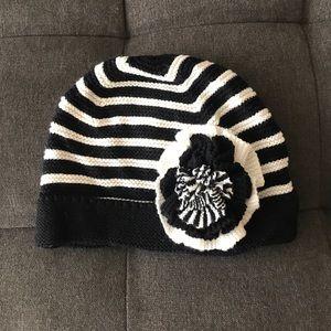 Express black and white beanie