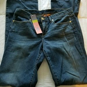 NEW!!! Tory Burch Boot cut  Jeans Size 30