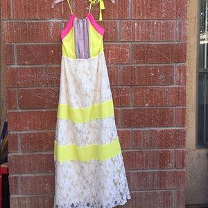 Flying tomato lace maxi dress Medium