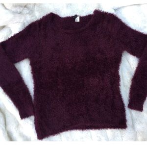 FUZZY PURPLE KNIT SWEATER