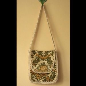 Vintage 70s Floral Italian Tapestry Macrame Purse