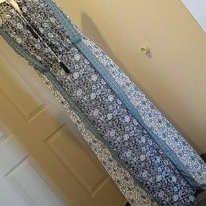 Sleeveless, floor lenght womens dress.
